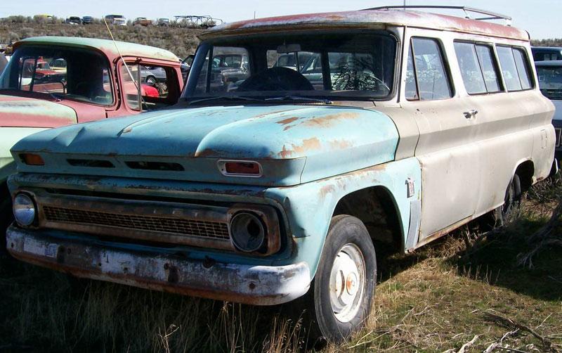 1964 chevrolet suburban model 14c series 10 1 2 ton 2 door for 10 door suburban