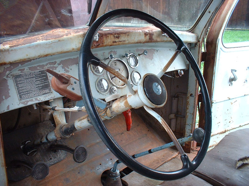 1947 Diamond T Model 404 Hhs 1 1 2 To 2 1 2 Ton Flatbed