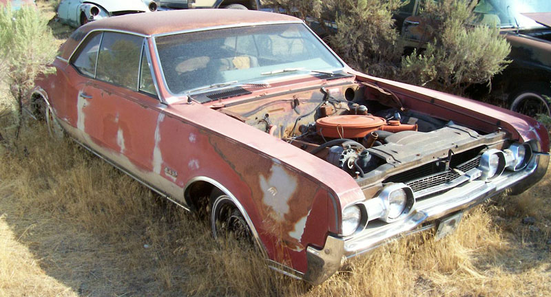 1967 Oldsmobile Cutlass Supreme 4 2 Two Door Holiday Hardtop For 5 500