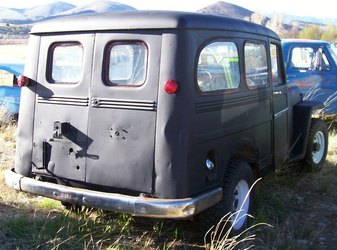1958 Willys Jeep Wagon http://www.desertclassics.com/Sold3/Jeep58UW.html