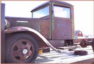1930 Reo Speed Wagon DF Tonner 1 ton flatbed truck left front view