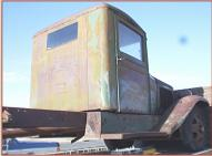 1930 Reo Speed Wagon DF Tonner 1 ton flatbed truck right rear view