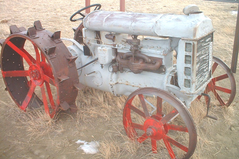1918 Fordson Model F Ladder Side Farm Tractor For Sale
