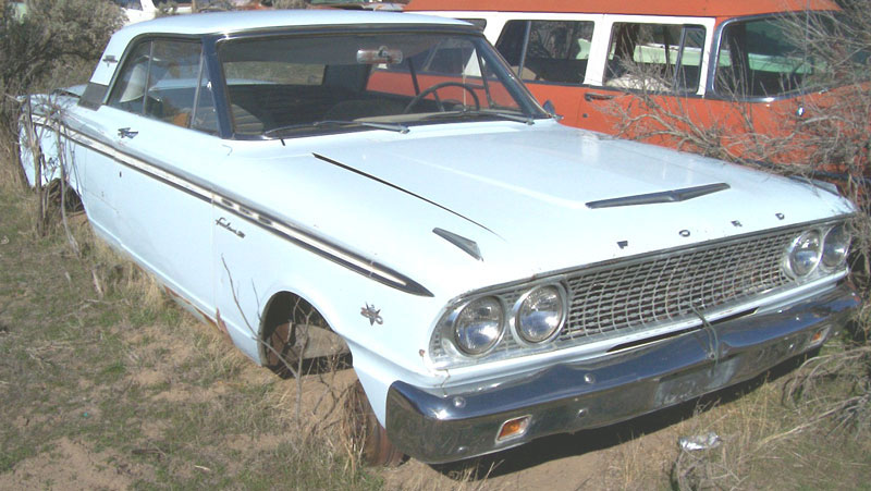 1963 Ford Fairlane 500 Sports Coupe 2 Door Hardtop 260 V 8 Right Front View