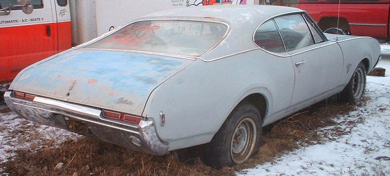 1968 Oldsmobile Cutlass S 2 Door Hardtop Right Rear View