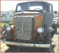 1939 Chevrolet COE Cab-Over-Engine 2 Ton Truck left front view