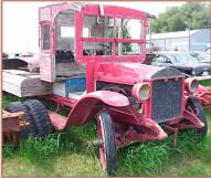 1925 Diamond T Model U3 2 1/2 Ton Flatbed Truck For Sale $5,500 right front view