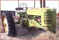 1952 John Deere Model MT Farm Tractor right front view