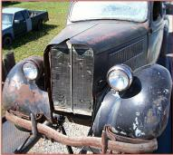1935 Ford Standard Model 48 V-8 Tudor Trunk Back Sedan For Sale left front view