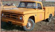1971 Dodge D200 3/4 Ton 4X2 Utility Box Truck For Sale left front view