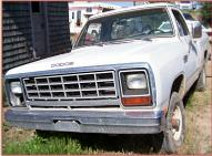 1982 Dodge 150 Custom Power Ram 1/2 Ton Sweptline 4X4 Pickup Truck For Sale $3,000 left front view