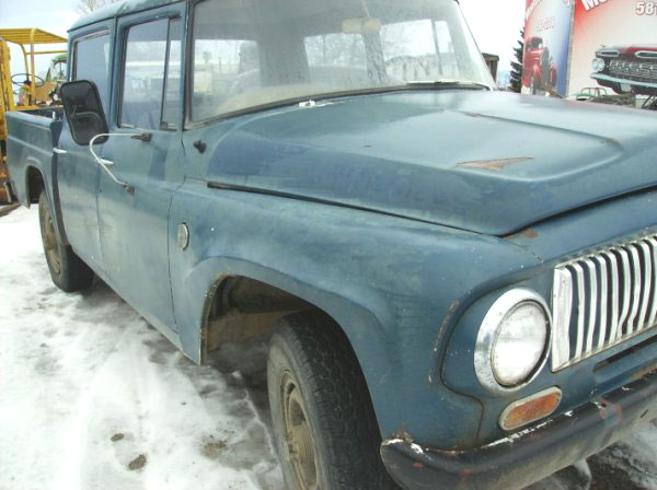1965 IHC International D-1200 4X4 Travelette 4 Door Crew Cab