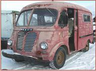 1950 IHC International LM-120 Metro delivery van left front view
