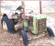 1949 JD John Deere Model D with steering brakes and PTO right front view